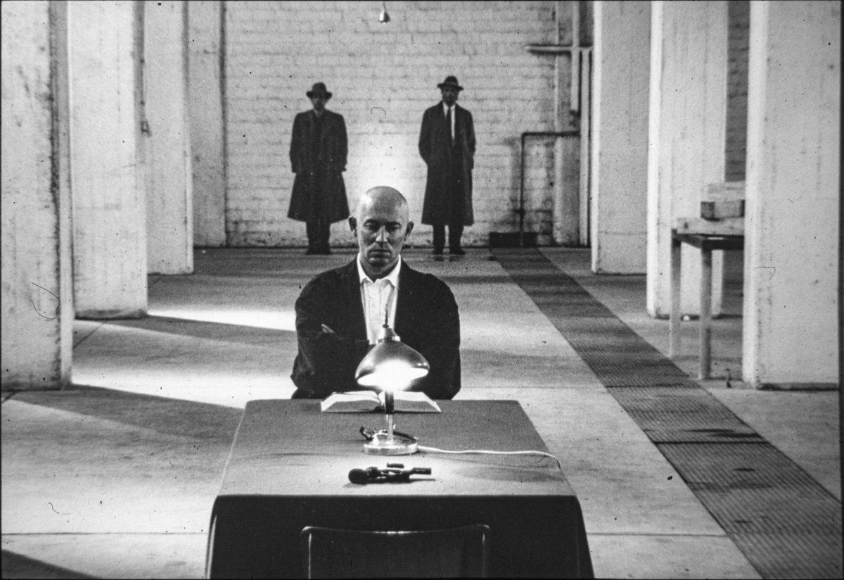 Zygmunt Piotrowski, Jürgen Fritz, Norbert Klassen, Das Brakteaten. Stück, Black Market International, documenta 8, 1987, Kassel, Photographer Thomas Rosentahl